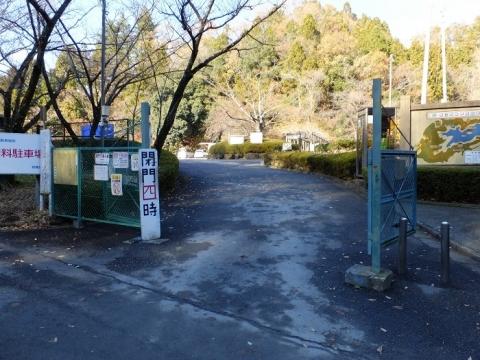 城山湖駐車場
