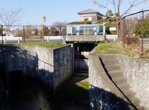 西部用水・蟹渕川余水吐・排水施設