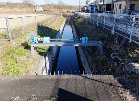 西部用水・相模川右岸幹線用水路