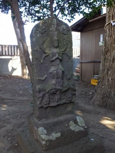 三柱神社の庚申塔