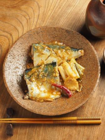 サバの味噌煮030