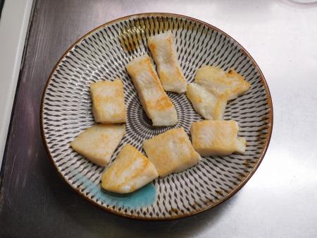 パンガシウスの蒲焼き丼051