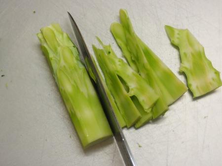 ブロッコリーの玉ねぎソース炒め042