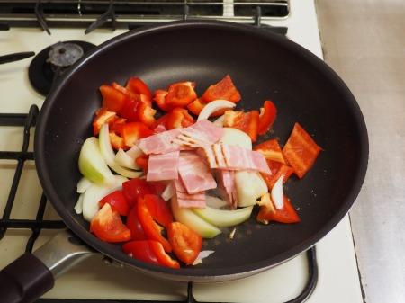 ミートボールのトマト煮035