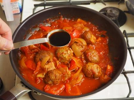 ミートボールのトマト煮051