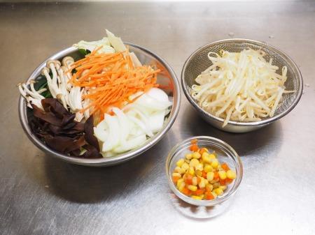 野菜たっぷり、白菜ちゃんぽん036