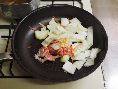 野菜たっぷり、白菜ちゃんぽん042
