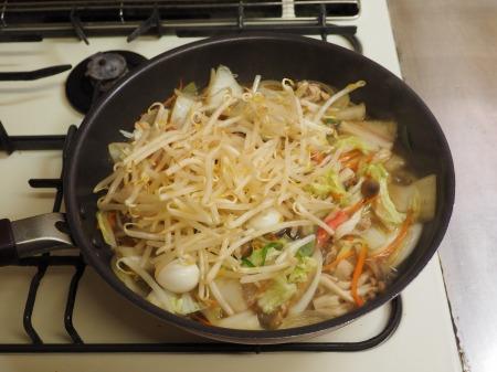 野菜たっぷり、白菜ちゃんぽん051