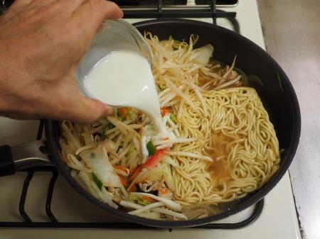 野菜たっぷり、白菜ちゃんぽん052