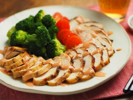 鶏むね肉のオーロラソース焼009