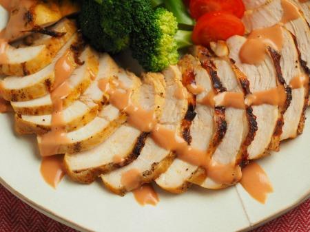 鶏むね肉のオーロラソース焼013