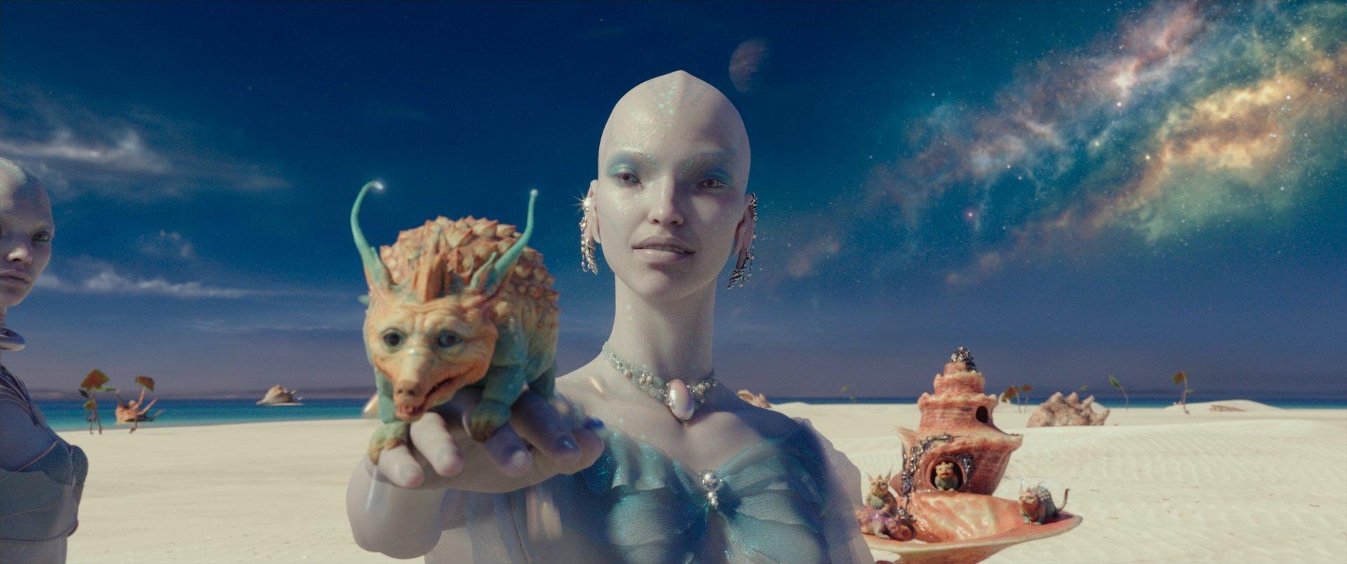 『ヴァレリアン』裸族宇宙人
