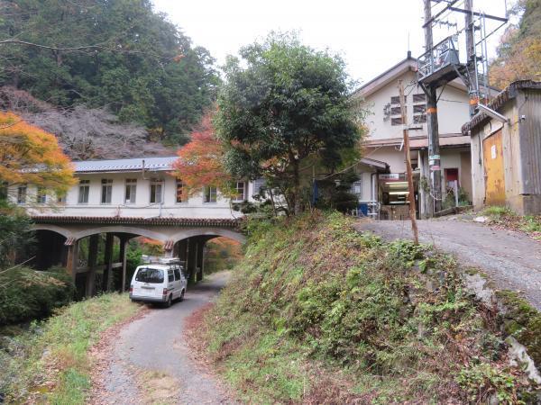 極楽橋駅2