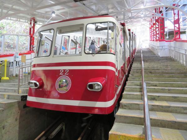 極楽橋駅5