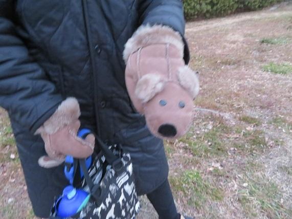 5B09 ミルキーママさんの手袋 0131