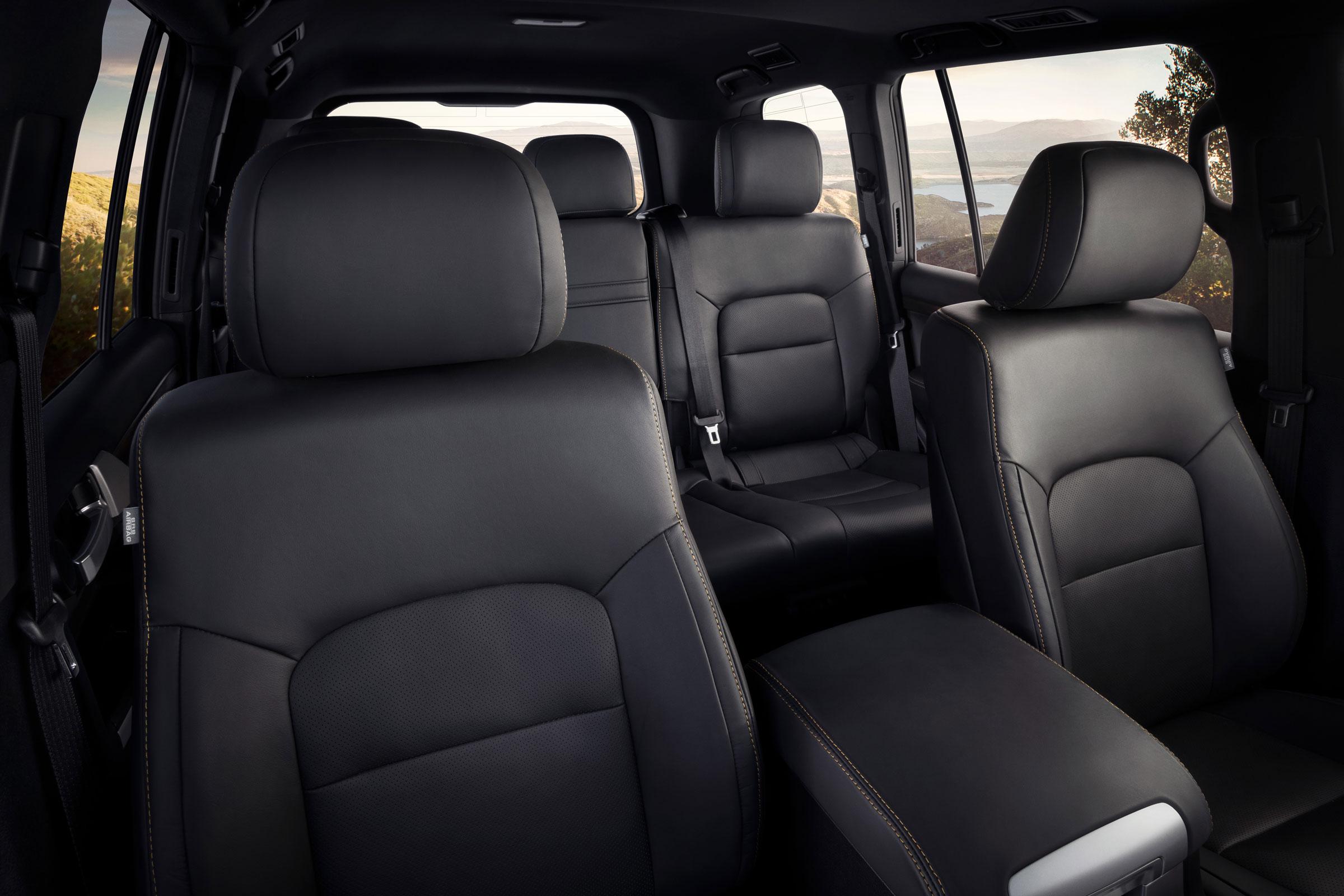 2020_Land_Cruiser_Heritage_Edition-interior.jpg