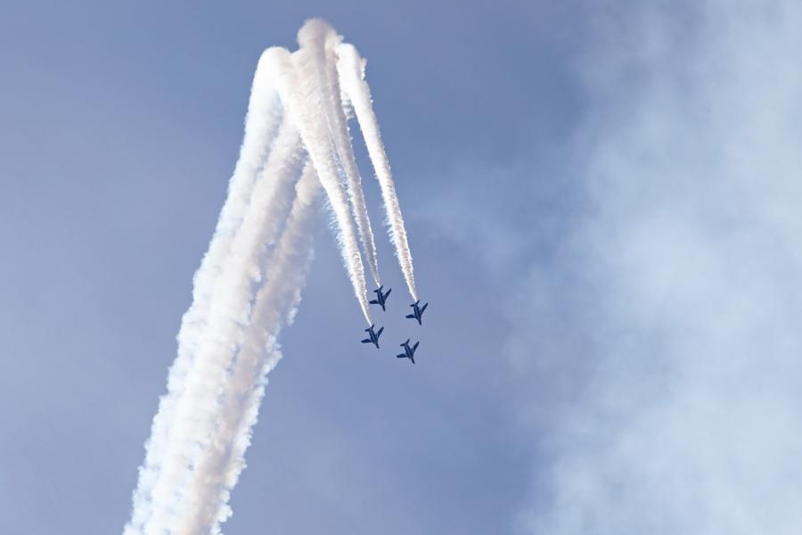 2018-11-18岐阜航空祭ブルーインパルス0S8A8551