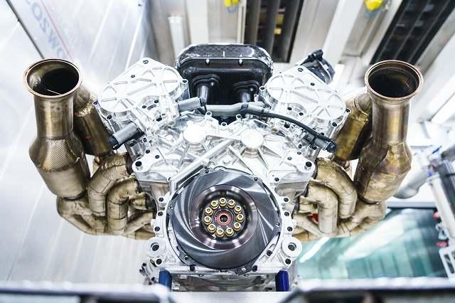 Aston_Martin_Valkyrie_Engine684876876 (3)