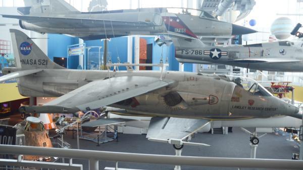 Hawker P1127 FGA1 AV-6A Kestrel NASA521 14_convert_20190105194516