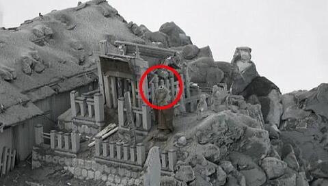 20141013-3白騙し川偶像-御嶽山噴火で頭が吹き飛ぶ