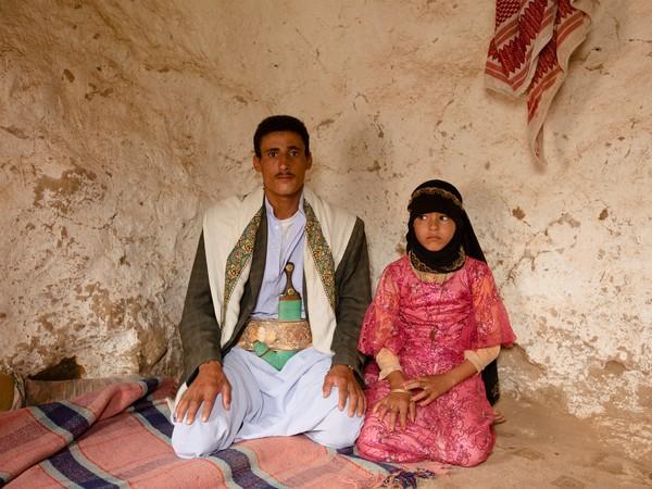 65199_0_600x450結婚を強制される少女