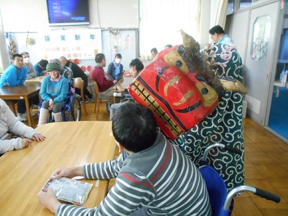 H30新年会 獅子舞
