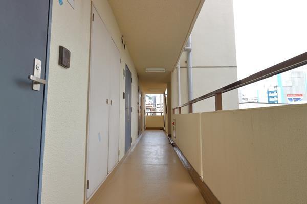 04パルメーラ山手5階廊下