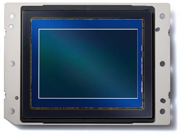 裏面照射CMOSセンサー