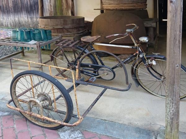 配達自転車