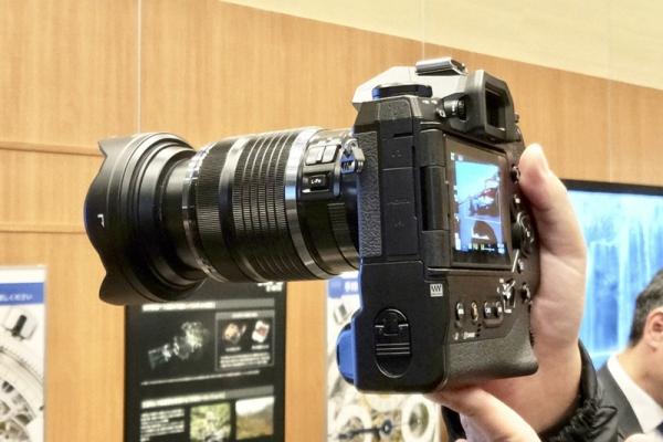 E-M1X.jpg