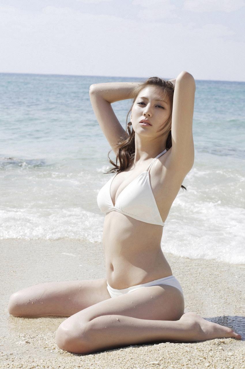 iwasaki_nami097.jpg