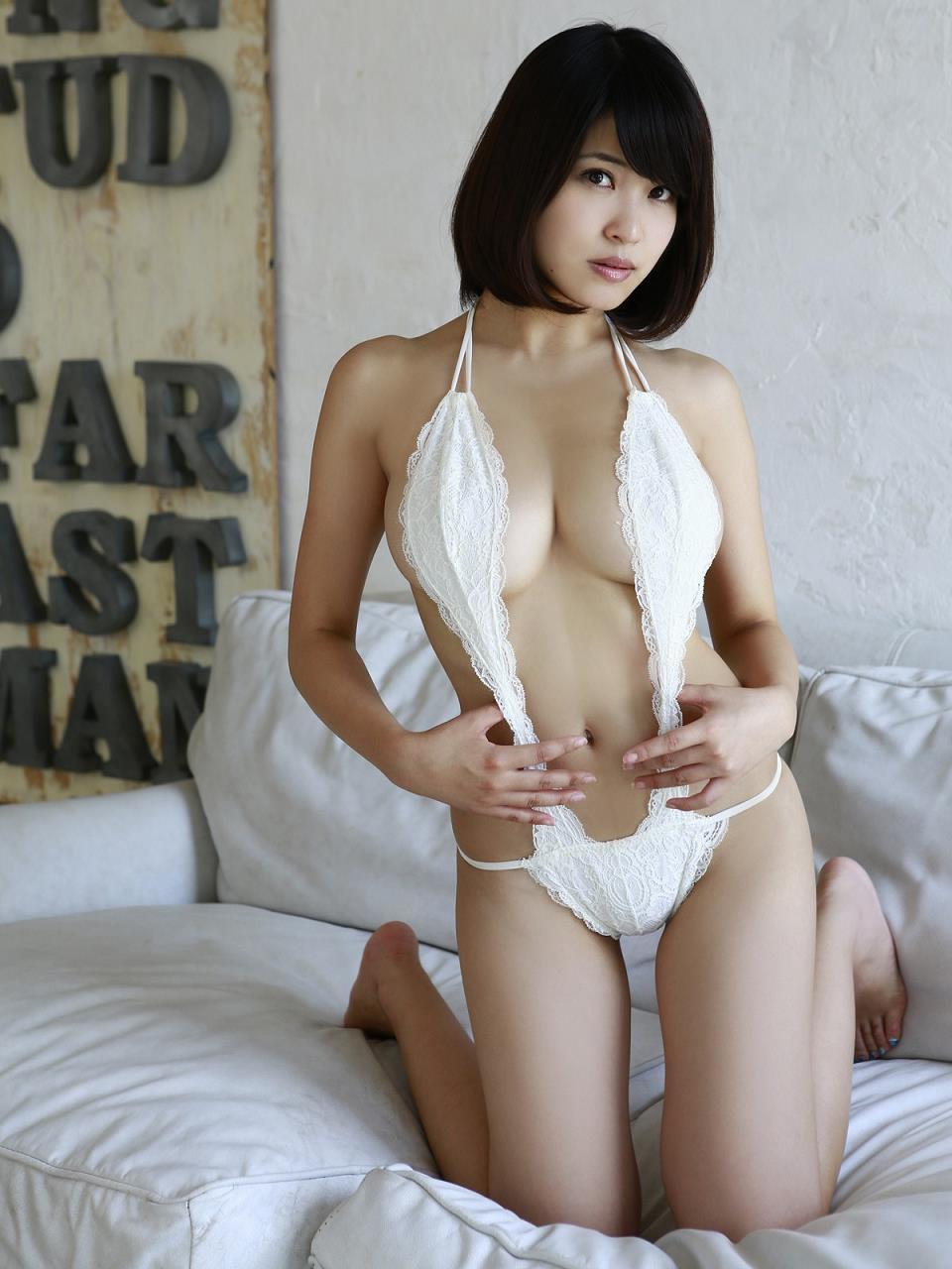kishi_asuka180.jpg