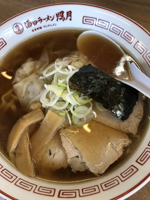 酒田ラーメン 照月 ワンタンメン(太麺)