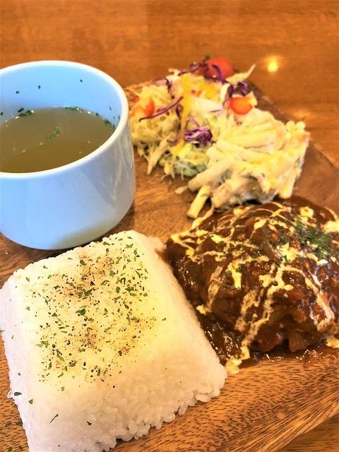 カフェ バー マデラ 煮込みハンバーグ
