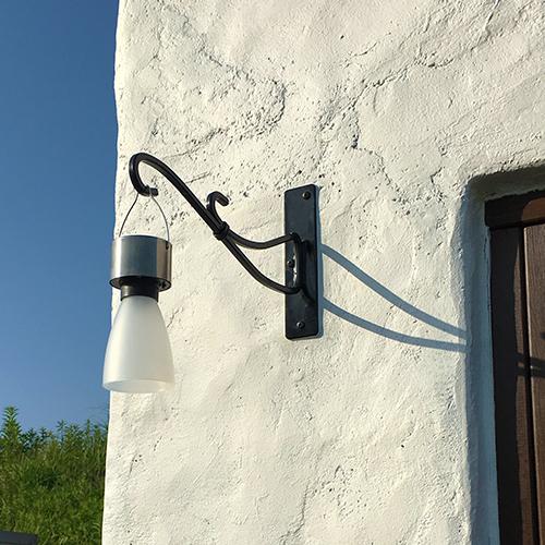 一人で作るブロック小屋⑯ ~小屋のソーラー照明~⑨