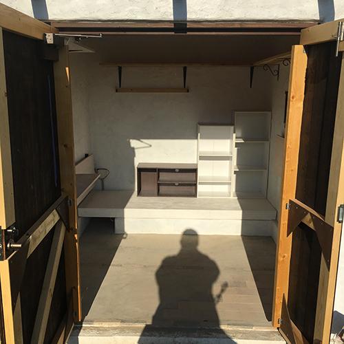 一人で作るブロック小屋⑱ ~棚を取り付ける~①