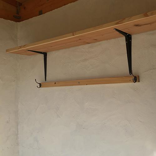 一人で作るブロック小屋⑱ ~棚を取り付ける~⑧