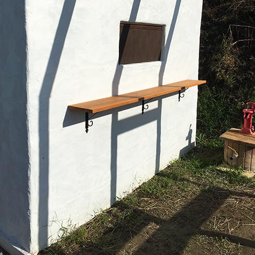 一人で作るブロック小屋⑱ ~棚を取り付ける~⑨