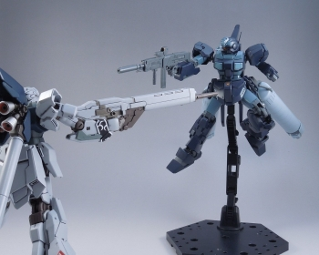HG ジェスタ (シェザール隊仕様 A班装備) (1)