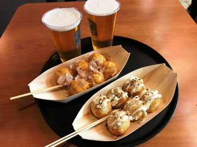 181114鈴廣かまぼこ浅草店たこ焼き6個と箱根ビールのセット900円明太ソースとマヨ七味