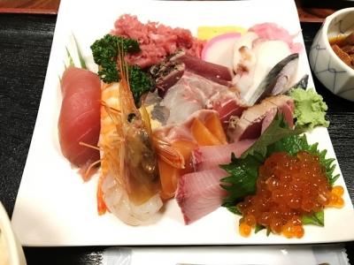 181115さいとう海鮮丼の具大盛りを別盛り1050円ネタ