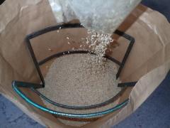 籾すり中2