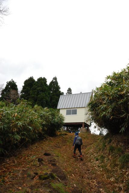 氷ノ山越の避難小屋