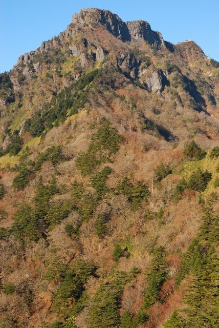 土小屋ルートから石鎚山の眺め