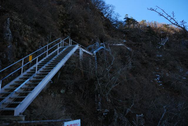 巻道の階段