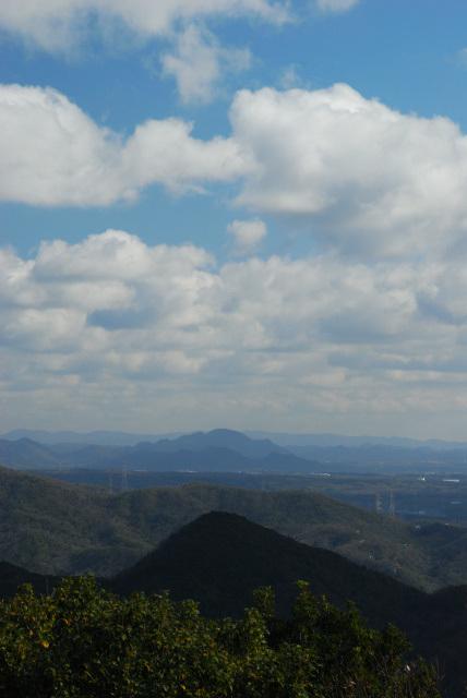 三草山_山頂から羽束山