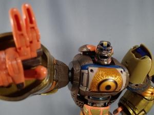 トランスフォーマー TFアンコール リターンズ コンボイ ロボットモード (1)