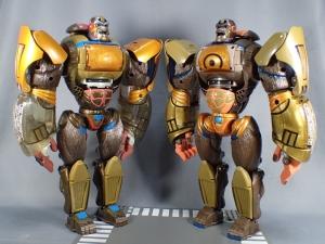 トランスフォーマー TFアンコール リターンズ コンボイ ロボットモード (24)