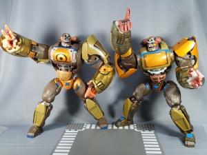 トランスフォーマー TFアンコール リターンズ コンボイ ロボットモード (32)