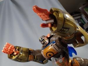 トランスフォーマー TFアンコール リターンズ コンボイ ロボットモード (43)